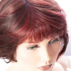 Perücken und Haarteile